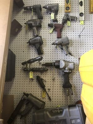 Various Pneumatic Tools impact wrench chisel grinder for Sale in Hialeah, FL