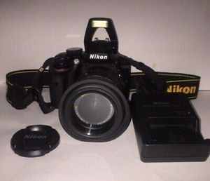 Nikon D D3300 24.2MP Digital SLR Camera - Black (Body Only) 4.8 out for Sale in Dania Beach, FL