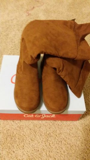New in box Girls Fall boots, size 3, Cat &Jack for Sale in Marvin, NC