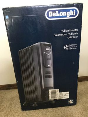 DeLonghi heater with remote for Sale in Columbia, MO