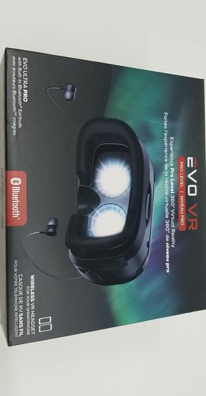 Evo Ultra Pro Bluetooth Wireless VR Headset w/ Built-In Bluetooth Earbuds for Sale in Houston, TX
