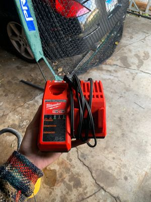 Milwaukee Battery charger for M12 & M18 for Sale in Elgin, IL