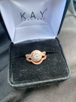 Rose gold diamond engagement ring/wedding band set for Sale in London, OH