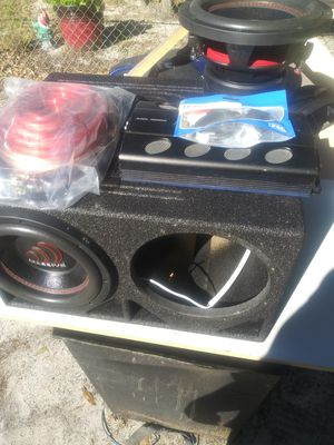 Massive audio 10s audiopipe amp 0 guage. Amp kit bass knob: for Sale in Winter Haven, FL