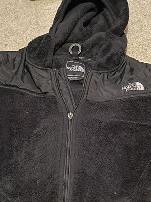 North face jacket with hoodie for Sale in Braselton, GA