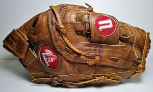 "NOKONA 13"" AMG650-CW Baseball Softball Glove Right Hand Throw Professional Model for Sale in Garland, TX"