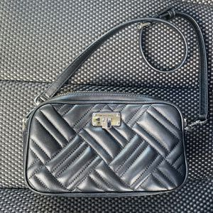 Michael Kors Black Quilted Crossbody for Sale in Buford, GA