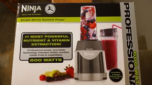 Ninja single serve with 2 cups. for Sale in St Louis, MO