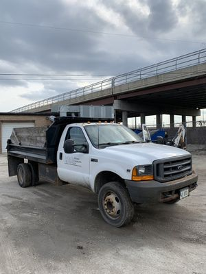 2000 Ford F450 Dump Truck for Sale in Melrose Park, IL