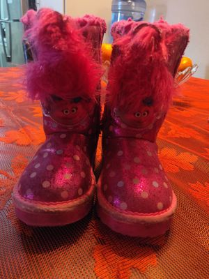 Trolls boots size 6-7 for Sale in West Covina, CA