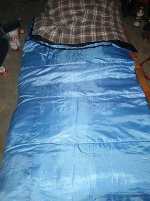 Ozark Trail 3lb. Fill sleeping bag. 30° Sleeping bag. for Sale in Houston, TX
