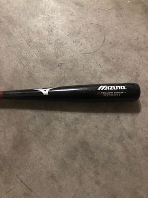 32 in Mizuno birch baseball bat. for Sale in Long Beach, CA