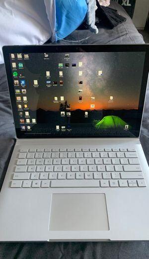 *NEED TO SELL ASAP* Microsoft Surface Book 2 w/ Bluetooth Microsoft mouse for Sale in Albany, CA