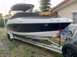 Chaparral 256 SSI for Sale in Pompano Beach, FL