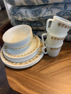 Dish set for Sale in Fayetteville, NC