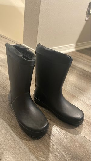 Women's Rain Boots Size 5 for Sale in Ontario, CA