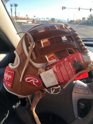 Baseball Gloves for Sale in Las Vegas, NV