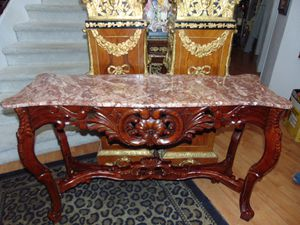 Marble sofa table for Sale in Las Vegas, NV