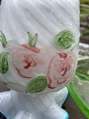 Tele flora flower vase for Sale in Cerritos, CA
