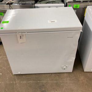 Frigidaire deep freezer FFFC07M to you W IC8 for Sale in Houston, TX