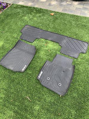 Chevrolet Colorado Z71 all weather mats for Sale in Menlo Park, CA