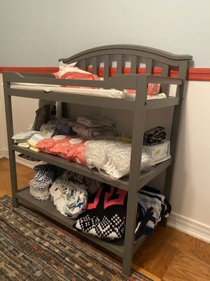 Changing table for Sale in Lakeland, FL