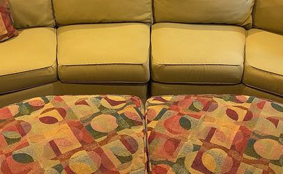 Beautiful Great Condition Furniture FREE LOCAL DELIVERY for Sale in Arlington,  VA