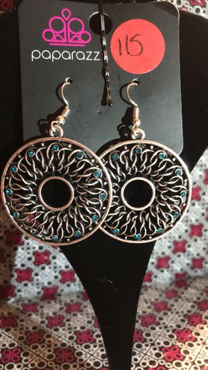 Paparazzi Earrings! Nickel and lead free! for Sale in Harrisburg, PA