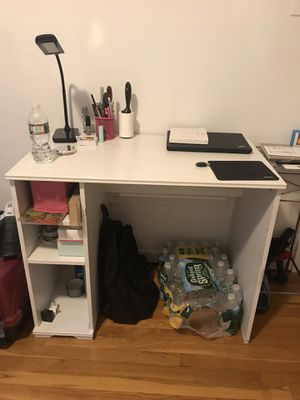 Small white desk for Sale in Jersey City, NJ