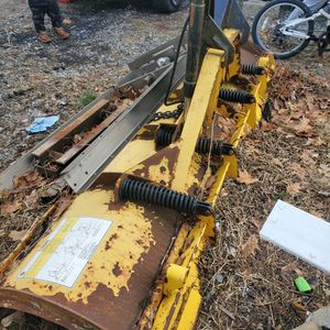 8 Ft Plow 500 for Sale in Waterbury, CT