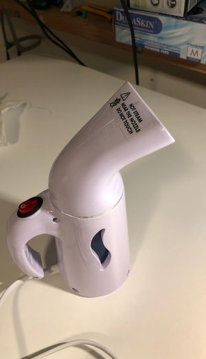 Cloth steamer iron for Sale in Pasadena, CA