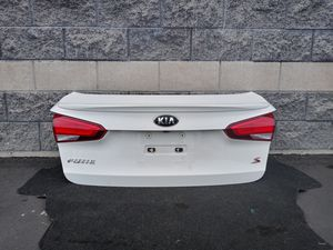 2014 2015 2016 2017 2018 KIA FORTE Sedan trunk lid oem for Sale in Lynwood, CA