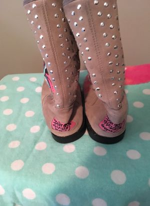 ED HARDY BOOTS SIZE 5 (OBO) for Sale in Washington, DC