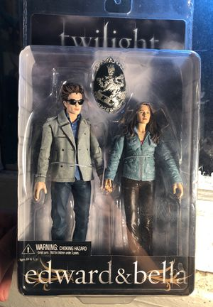 Collectible Edward & Bella action figures for Sale in Los Angeles, CA