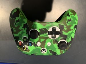 Xbox One Camo Grip for Sale in Freehold, NJ