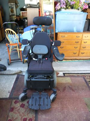 Never been used Quantum 6 Edge power chair for Sale in Las Vegas, NV