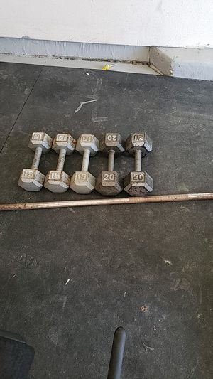 85 lbs and bar all $160 for Sale in Bakersfield, CA
