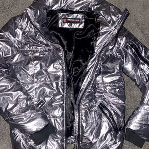 Women Metallic Puffer Jacket for Sale in Fresno, CA