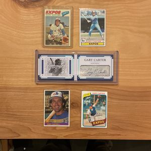 GARY CARTER lot—cut signature #/99 plus vintage baseball cards!! for Sale in Elma, WA