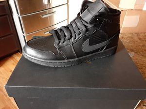 Jordan 1 Mids size 10.5 for Sale in Aurora, CO