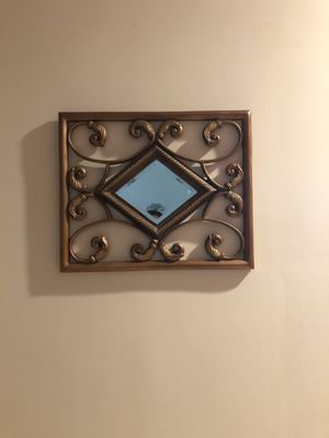 Wall Mirror for Sale in Pinecrest, FL