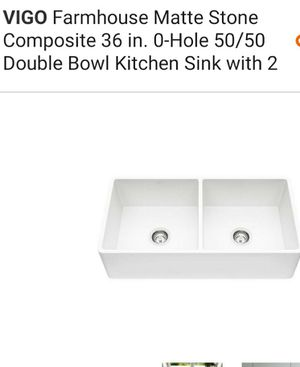Dual Farmhouse Kitchen Sink for Sale in Hinckley, OH