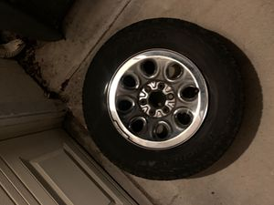 Stock Silverado rims and like new tires 265 70 R 17 for Sale in Clovis, CA