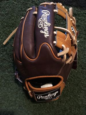 Rawlings Heart of the Hide R2G 11.5 baseball glove $215 obo softball for Sale in Chino Hills, CA