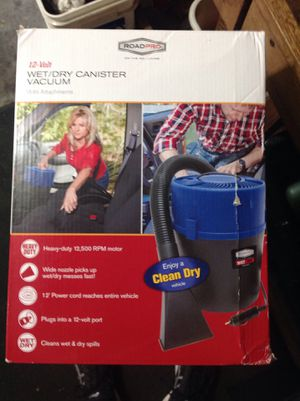 12 v auto small canister vac for Sale in Bettendorf, IA