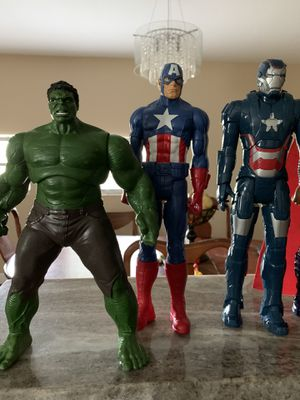 Action figures 7,, hulk is 2012 for Sale in Tampa, FL