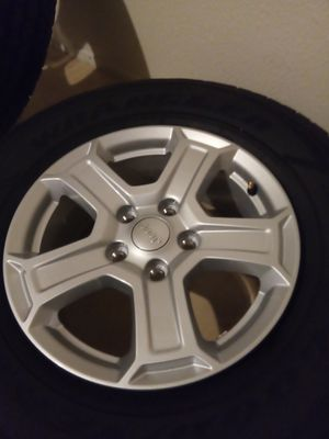 Wheels and tires for Jeep for Sale in Chula Vista, CA