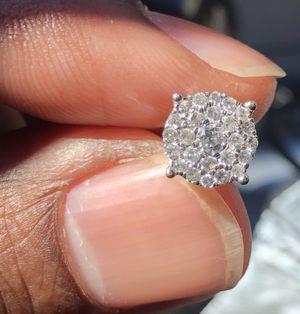 Huge Beautiful Real Diamond Cluster Earring (single) 1/2 KTW for Sale in Mount Healthy, OH