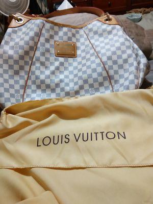 Original Louis Vuitton ladies bag never used for Sale in Phoenix, AZ