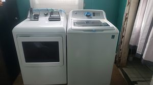 GE matching washer and dryer for Sale in Garden View, PA